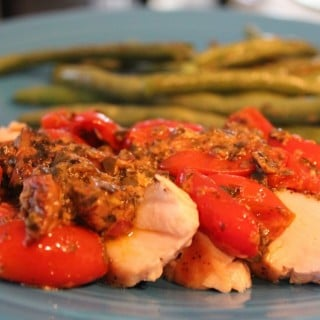 Chicken with Creamy Tomato-Pesto Topping