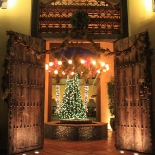 The grand entrance to Montelucia - All decked out for the holidays