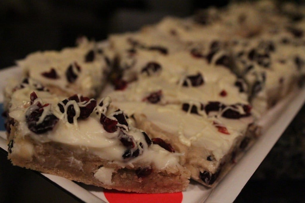 Skinny Cranberry Bliss Bars | No Thanks to Cake