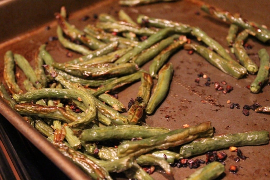 Oven Roasted Garlic Onion Green Beans | No Thanks to Cake