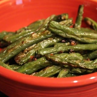 Oven-Roasted Onion Garlic Green Beans