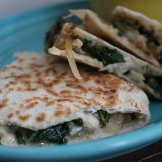 Jenny Craig Recipe Creation: Cheesy Chicken Fajita Quesadilla