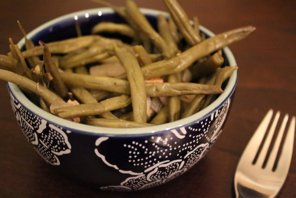 Crockpot Skinny Southern Green Beans | No Thanks to Cake