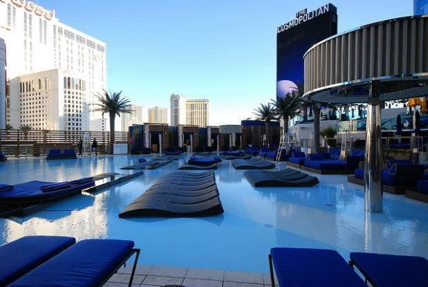 Boulevard Pool Cosmopolitan Las Vegas | No Thanks to Cake