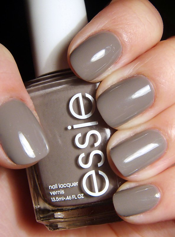 Essie Chinchilly | No Thanks to Cake